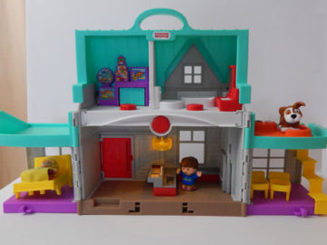Little People House Open