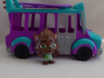 Super Monsters Grr Bus