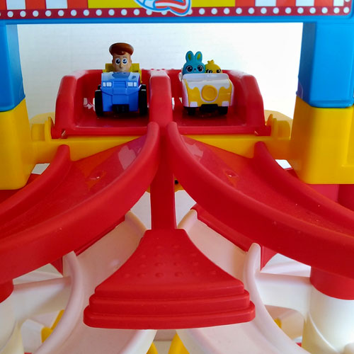 Toy Story 4 Carnival Spiral Speedway