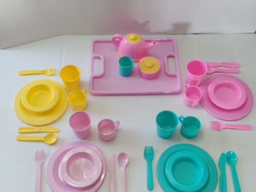 Dishes Wishes Dinnerware Set